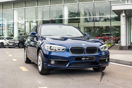 BMW 1 Series Facelift Hatchback 2017 khơi dậy niềm đam mê